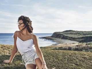 Vince Camuto Summer 18 Campaign